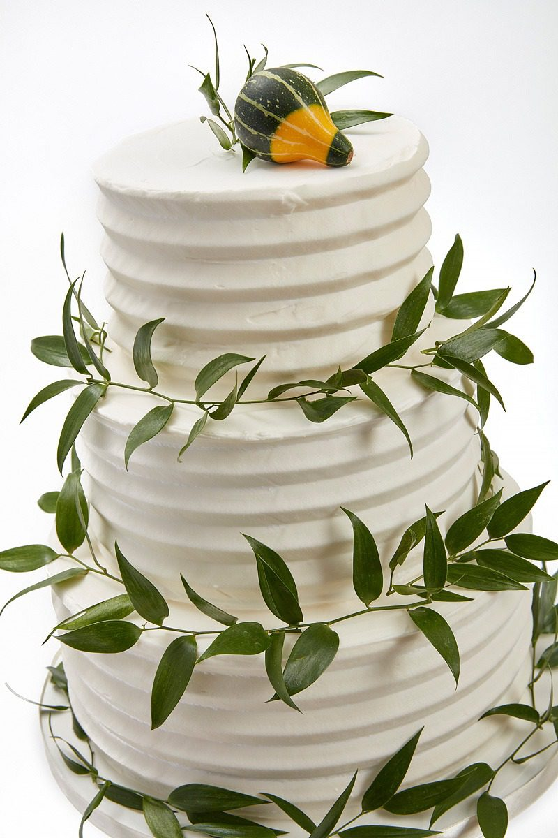 Autumnal Combed Buttercream | Clare Anne Taylor Couture Cakes