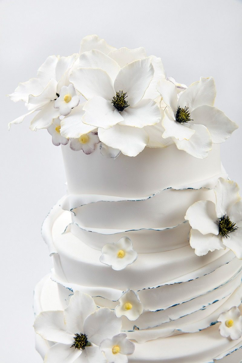 White Cotton Ocean | Clare Anne Taylor Couture Cakes